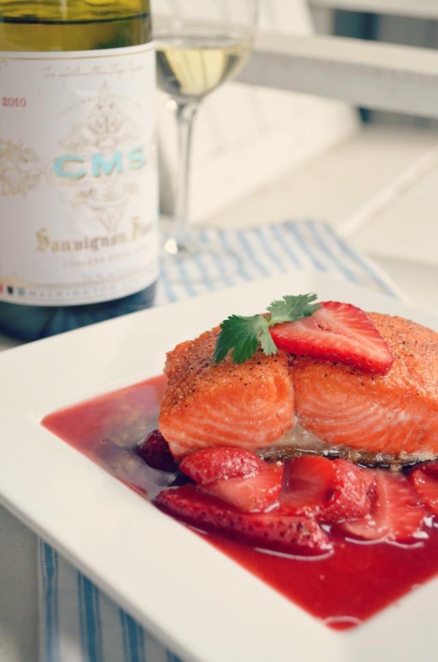 Pan seared salmon with savory strawberry sauce